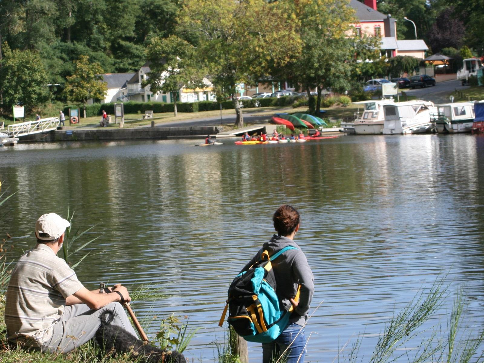 Le Canal de Nantes  Brest une étape sur votre itinéraire